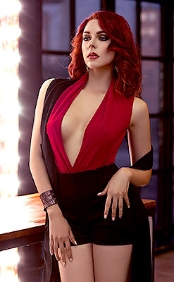 Romantic bride Valeriya from Moscow (Russia), 28 yo, hair color red-haired
