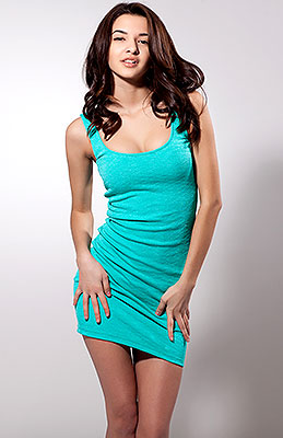 Brave lady Ol'ga from Nikolaev (Ukraine), 23 yo, hair color brown-haired