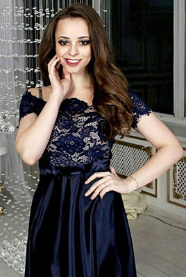 Good bride Irina from Gomel (Belarus), 19 yo, hair color brown