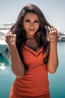 Sociable lady Tat'yana from Sochi (Russia), 31 yo, hair color brown