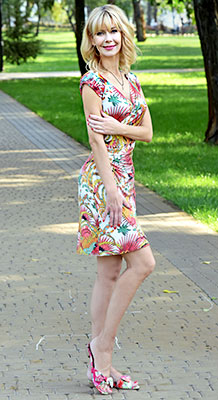 Good woman Irina from Kiev (Ukraine), 48 yo, hair color blonde