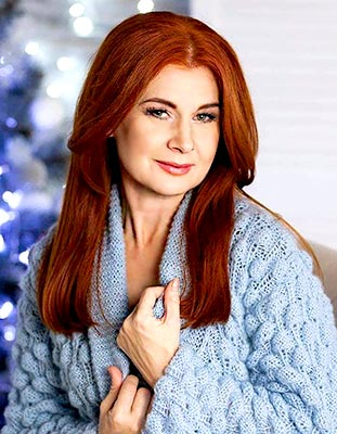 Cheerful bride Elena from Kiev (Ukraine), 50 yo, hair color red-haired