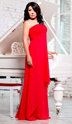 Sincere woman Marina from Kiev (Ukraine), 45 yo, hair color brunette