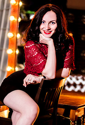 Sincere bride Viktoriya from Kiev (Ukraine), 24 yo, hair color black
