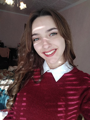 Talented lady Marina from Lugansk (Ukraine), 18 yo, hair color brown-haired