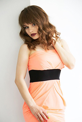Sincere lady Valeriya from Lugansk (Ukraine), 22 yo, hair color chestnut