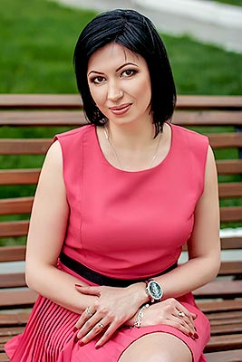 Positive lady Yuliya from Melitopol (Ukraine), 35 yo, hair color brunette