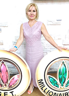 Balanced lady Lyudmila from Kiev (Ukraine), 62 yo, hair color blonde