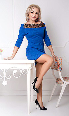 Fond lady Lyudmila from Nikolaev (Ukraine), 44 yo, hair color blonde