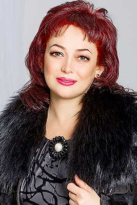 Communicative woman Alisa from Nikolaev (Ukraine), 54 yo, hair color chestnut