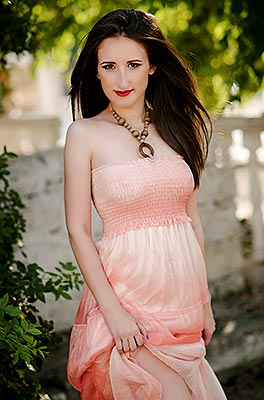 Respectful woman Kseniya from Nikolaev (Ukraine), 29 yo, hair color brown-haired