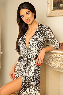 Wild lady Yarina from Kiev (Ukraine), 34 yo, hair color brunette