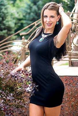 Attracted lady Oksana from Nikolaev (Ukraine), 24 yo, hair color brown