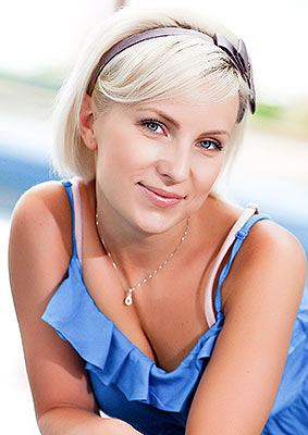 Calm woman Yuliya from Nikolaev (Ukraine), 39 yo, hair color blonde