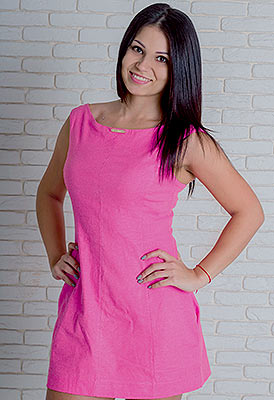 Curios girl Alina from Nikolaev (Ukraine), 27 yo, hair color dark brown