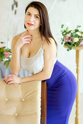 Resourceful lady Ivanna from Nikolaev (Ukraine), 22 yo, hair color brunette