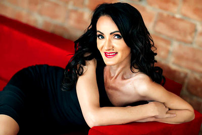 Trustful lady Oksana from Nikolaev (Ukraine), 49 yo, hair color black