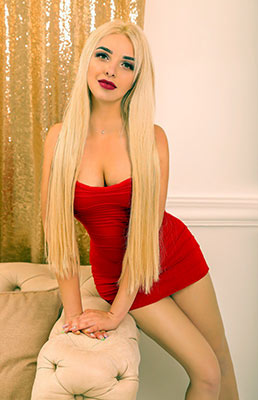 Friendly woman Ekaterina from Chernovtsy (Ukraine), 27 yo, hair color blonde