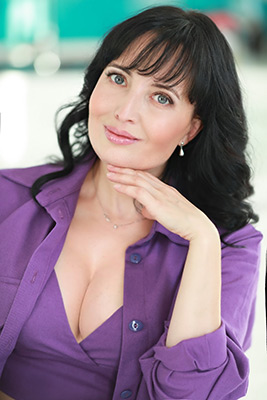Goal oriented woman Natal'ya from Nikolaev (Ukraine), 45 yo, hair color black