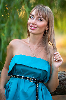 Cheerful bride Kseniya from Nikolaev (Ukraine), 35 yo, hair color blonde