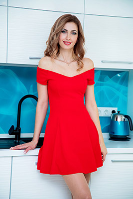 Good woman Olesya from Nikolaev (Ukraine), 38 yo, hair color chestnut