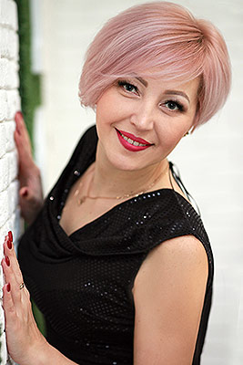 Fond woman Inga from Nikolaev (Ukraine), 38 yo, hair color blonde