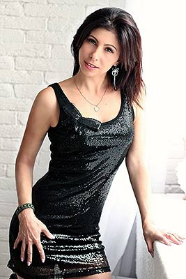Tender bride Natal'ya from Nikopol (Ukraine), 35 yo, hair color brown-haired