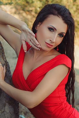 Sincere lady Elena from Kirovograd (Ukraine), 29 yo, hair color brunette