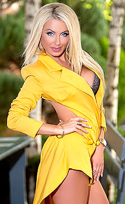 Capable lady Irina from Odessa (Ukraine), 29 yo, hair color blonde