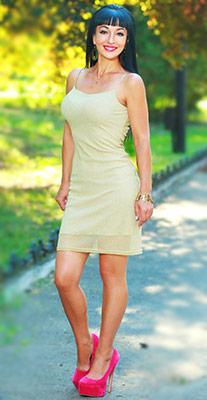 Open bride Lyudmila from Odessa (Ukraine), 47 yo, hair color black