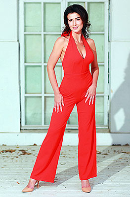 Optimistic lady Ol'ga from Odessa (Ukraine), 37 yo, hair color black