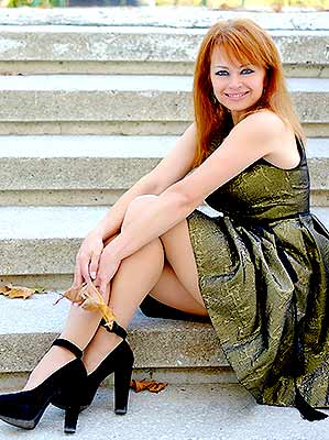 Goal oriented lady Tat'yana from Odessa (Ukraine), 57 yo, hair color brunette