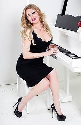 Open lady Tat'yana from Odessa (Ukraine), 36 yo, hair color blonde
