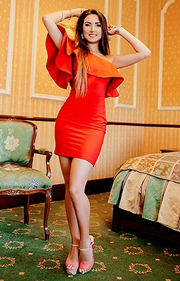 Romantic lady Alina from Odessa (Ukraine), 28 yo, hair color brown-haired