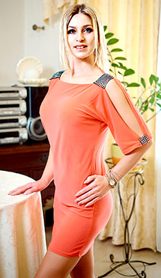 Wonderful lady Elena from Odessa (Ukraine), 37 yo, hair color blonde