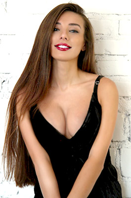 Elegant bride Dinara from Odessa (Ukraine), 37 yo, hair color chestnut