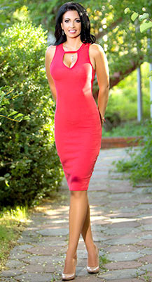 Gentle bride Ol'ga from Odessa (Ukraine), 32 yo, hair color black