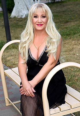 Purposeful lady Svetlana from Odessa (Ukraine), 52 yo, hair color blonde