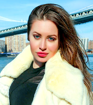Delicate lady Irina from New-York (USA), 27 yo, hair color blonde