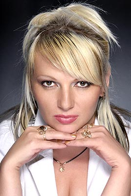 Single bride Anna from Poltava (Ukraine), 38 yo, hair color brown