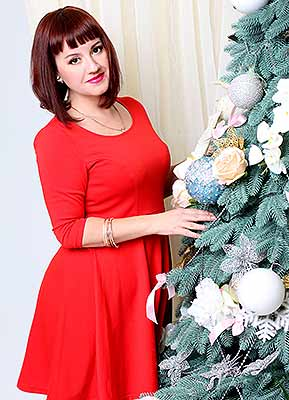 Tidy lady Ol'ga from Poltava (Ukraine), 34 yo, hair color chestnut