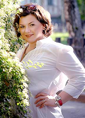 Benevolent bride Inna from Poltava (Ukraine), 46 yo, hair color chestnut