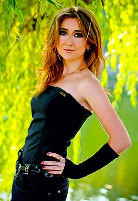 Fond bride Liliya from Poltava (Ukraine), 34 yo, hair color brown
