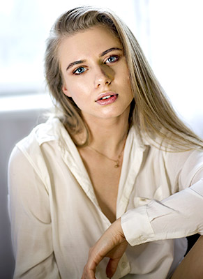 Tolerant girl Vladislava from Kiev (Ukraine), 22 yo, hair color blonde