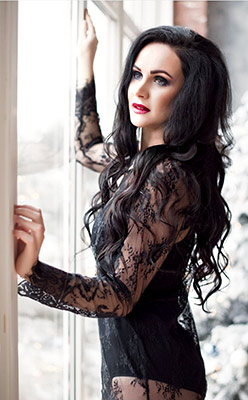 Responsible woman Anastasiya from Kharkov (Ukraine), 30 yo, hair color brunette