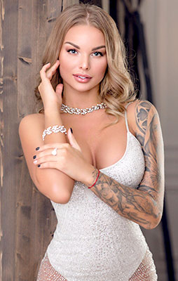 Balanced bride Elena from Kiev (Ukraine), 30 yo, hair color light brown