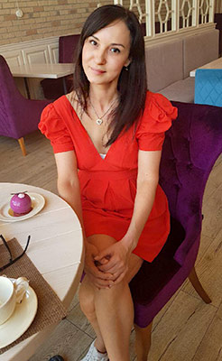Happy woman Marina from Sumy (Ukraine), 47 yo, hair color brunette