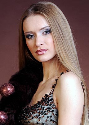 Responsive bride Elena from Sumy (Ukraine), 40 yo, hair color brown