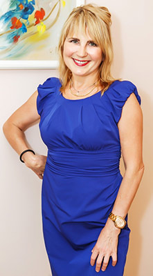 Intelligent bride Marina from Vinnitsa (Ukraine), 58 yo, hair color blonde
