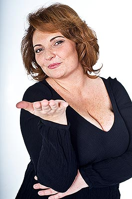Steady lady Ol'ga from Vladivostok (Russia), 50 yo, hair color brown-haired